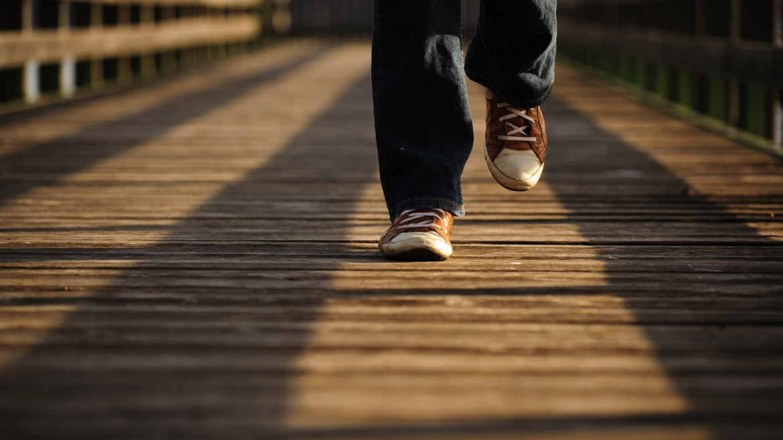 La meditazione camminata, pratica di consapevolezza