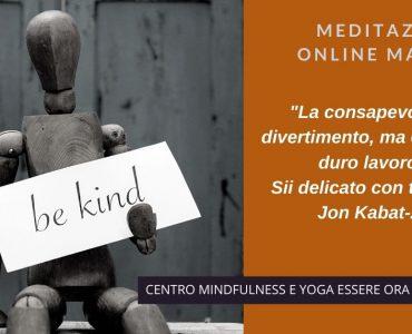 Sii delicato: un brano  di Jon Kabat-Zinn per la meditazione online del mattino